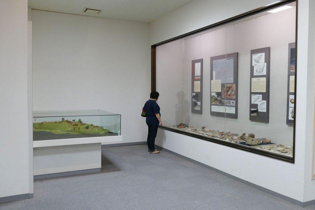 古墳などからの出土品展示